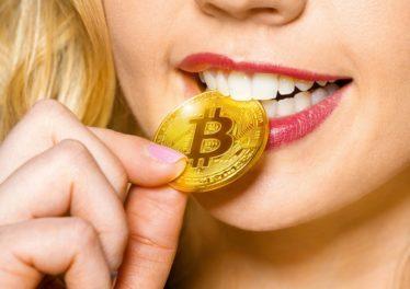 Female Bitcoin holders