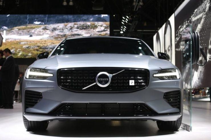 Volvo Blockchain cars