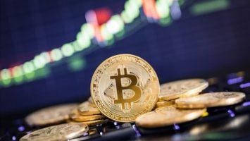 Bitcoin consolidating