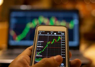 Crypto FXT trading
